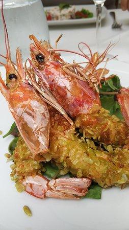 Ristorante Primavera: Gamberi con crosta di riso verde