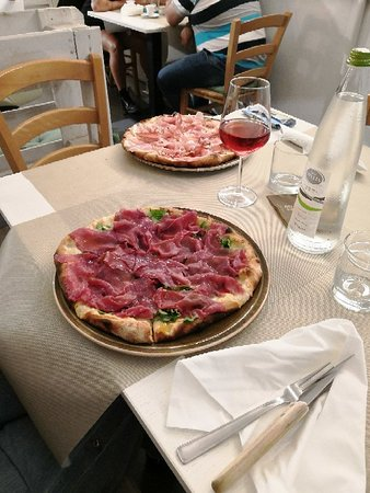 Orsogna, Italie : IMG_20180828_231327_large.jpg