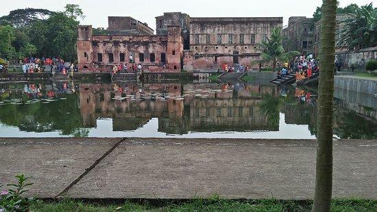 Manikganj, Bangladesch: Inside of Baliati palace