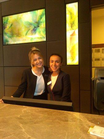 Hilton Garden Inn Istanbul Ataturk Airport: Friendly smiles welcome you to Hilton