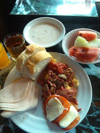 Hilton Garden Inn Istanbul Ataturk Airport: Breakfast Caprese salad, fruit, bread, homemade yogurt