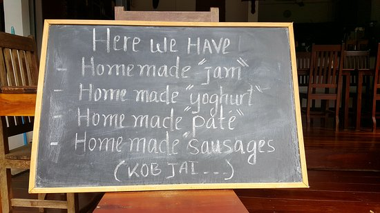 Chez Fred et Lea: Confitures, Yaourt, Paté et saucisses maison - Homemade jams, yogurts, paté, sausages