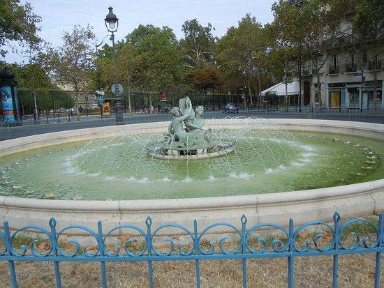 Fontaine du Bassin Soufflot