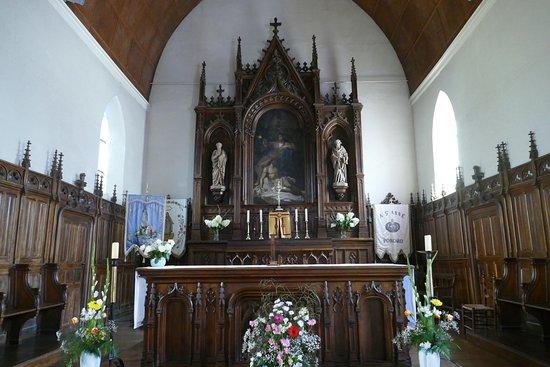 Porcaro, Frankrijk: Choeur et autel de l'Église Sainte Anne attenante