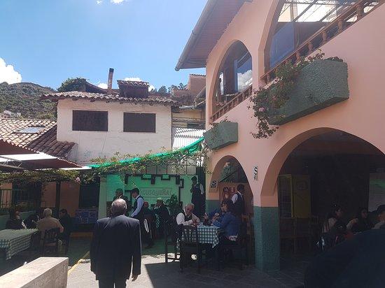 Quinta Eulalia: Hermoso patio para almorzar