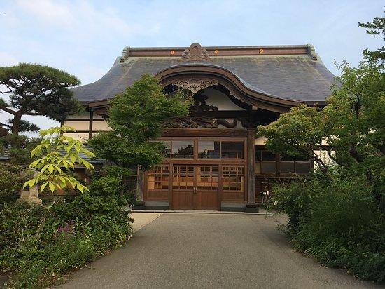 Rinshoin Temple
