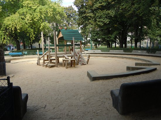 Square du Clos Feuquières