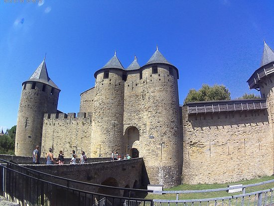 Chateau et Remparts de la Cite de Carcassonne