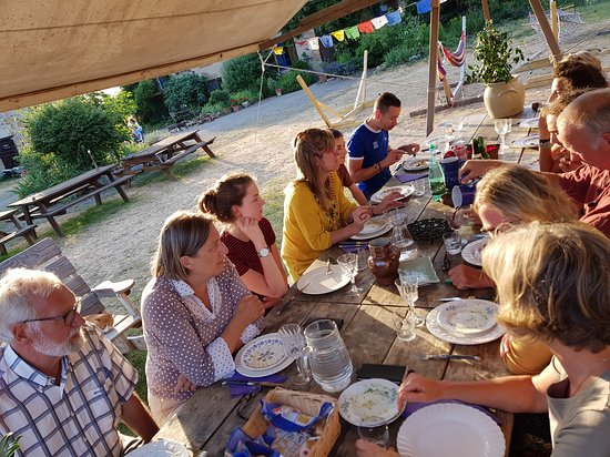 Brenazet: In summertime we dine outside with our guests