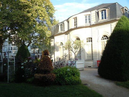 Jardin de l'Hospice Debrousse