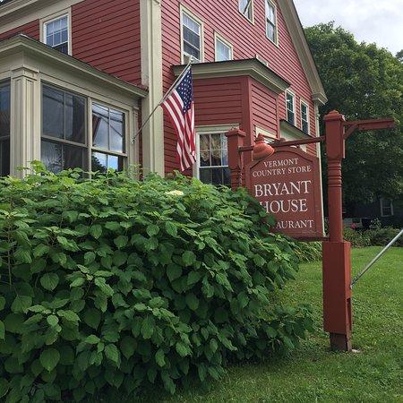 Bryant House: photo0.jpg