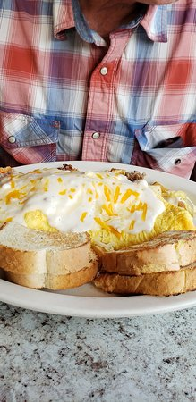 Randle, WA: BIG omlet - tasty too
