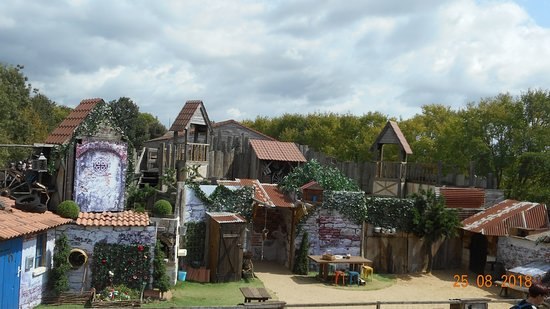 Frossay, France: un des quatre spectacles