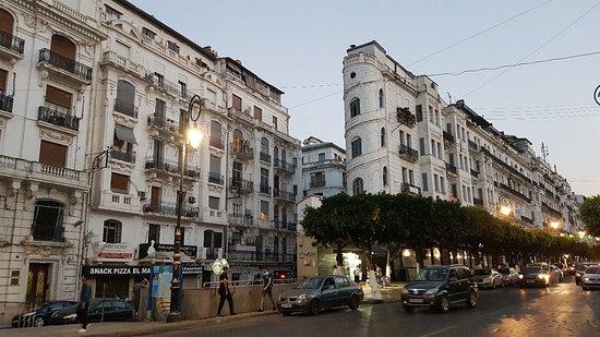 La Rue Didouche Mourad