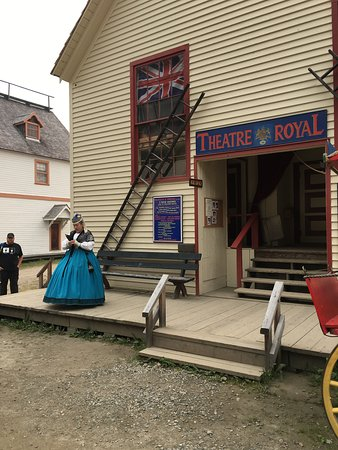 Barkerville, Canadá: Theatre Royal - Mr. McGinley's Variety Show! Not to be missed!
