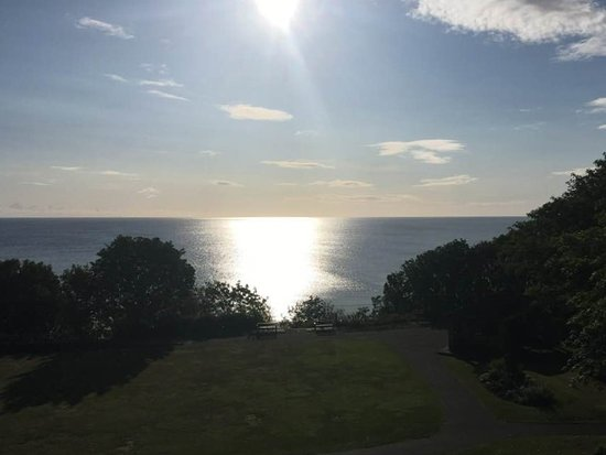 White Lodge Hotel: View over Filey Bay