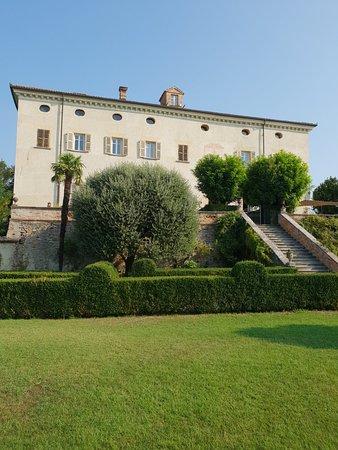 Coazzolo, Italie : 20180819_093752_large.jpg