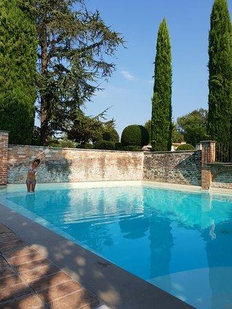 Coazzolo, Italie : 20180819_095049_large.jpg