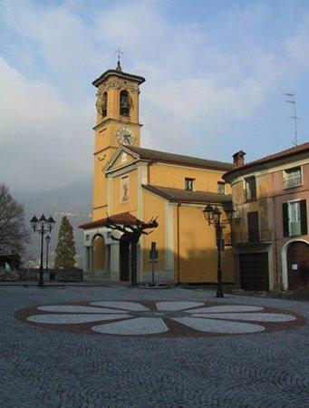Cuvio, Ιταλία: Chiesa