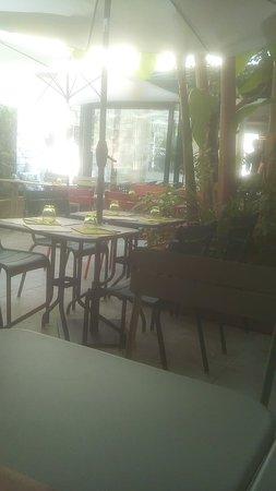 le jardin du march la rochelle restaurant avis num ro de t l phone photos tripadvisor. Black Bedroom Furniture Sets. Home Design Ideas