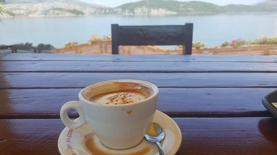 Vau i Dejes, Albania: 8.18