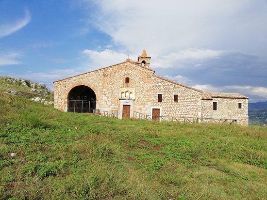 San Fratello, Itália: la facciata del santuario
