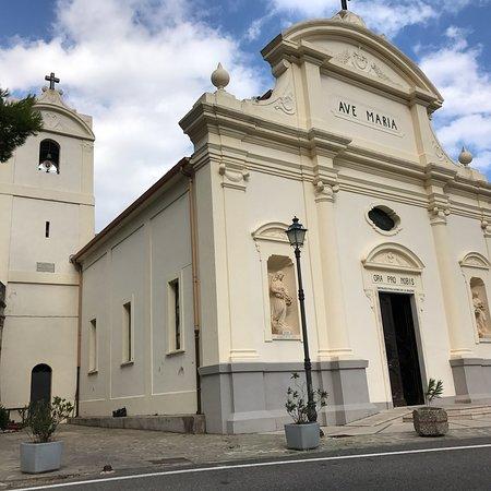 Santuario della Madonna di Termine o delle Trache