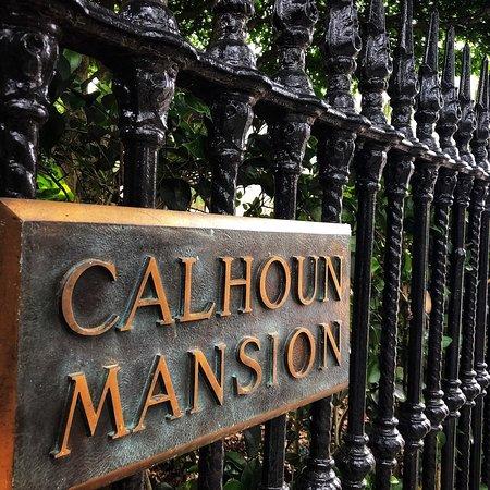 The Calhoun Mansion: photo0.jpg