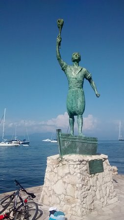 Gaios, Greece: Estatua