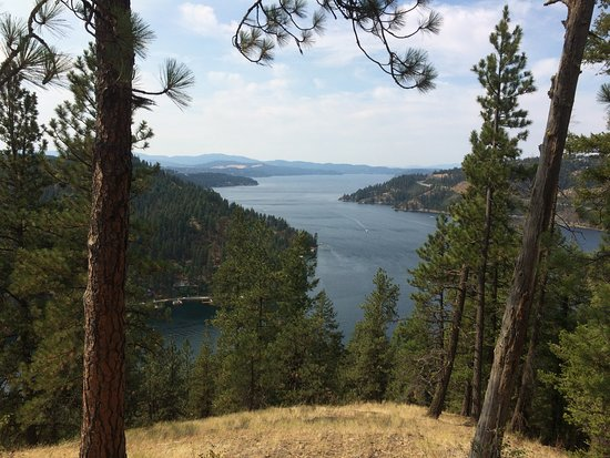 Mineral Ridge National Recreation Trail: View from end of ridge before heading down