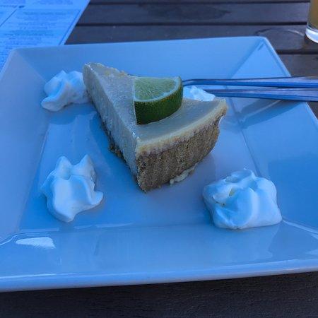 The Beachead Restaurant: photo2.jpg