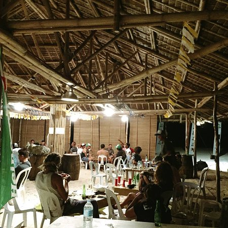 Cadiz, Filipini: Booze and acoustic session makes this place a perfect spot to chill with friends! Must check it