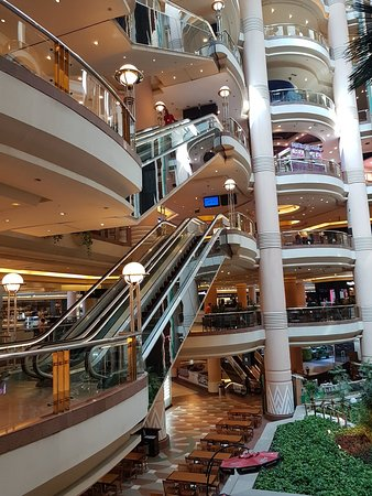 City Stars Mall: 20180402_100148_large.jpg