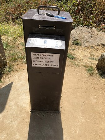 McWay Falls: Parking permit station on honest system