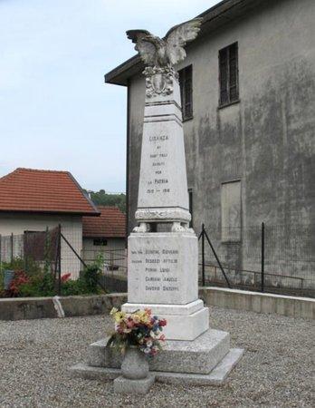 Monumento ai Caduti Lisanza