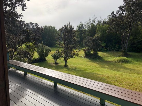 Kilauea Lodge: View of the golf course off the back deck of the Pi'i Mauna House