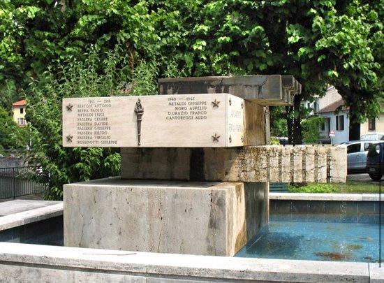 Monumento ai Caduti di Colmegna