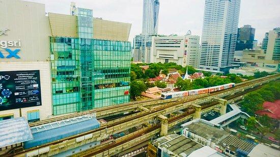 รถไฟฟ้า BTS ภาพถ่าย