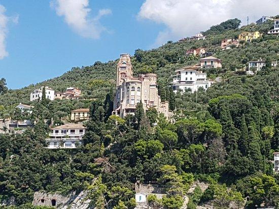 Castello di Sem Benelli