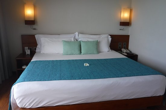 King size bed...wow