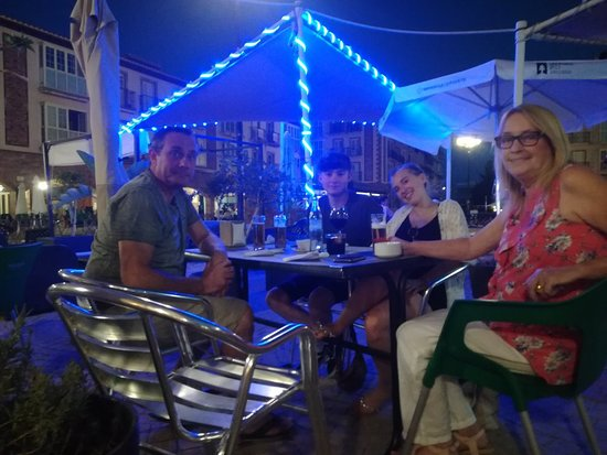 Huercal-Overa, Spania: Great evening at The New Why Not