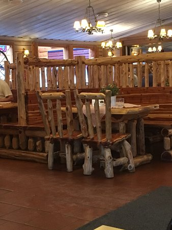 Stokke, Norway: Cowboyinspirert, Trailerkafe