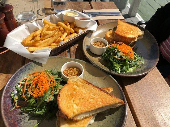 Clontarf, Australia: Croque Monsieur & Chips