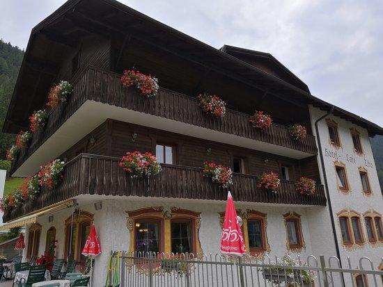 Trins, Austria: lato dell'hotel