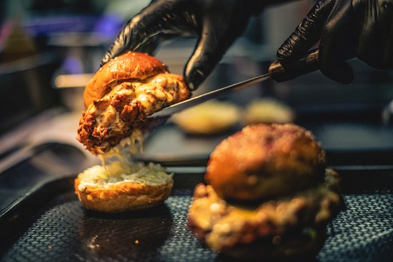 Libertine Burger: We offer takeaways too