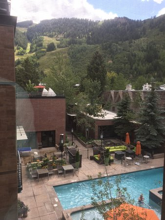 Limelight Hotel Aspen: The view from my 2nd room.