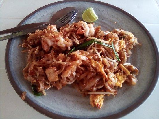 Naat Restaurant: Pad Thai with prawns
