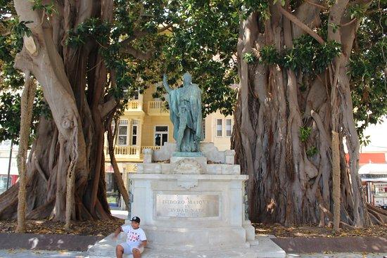 Estatua Isidoro Máiquez