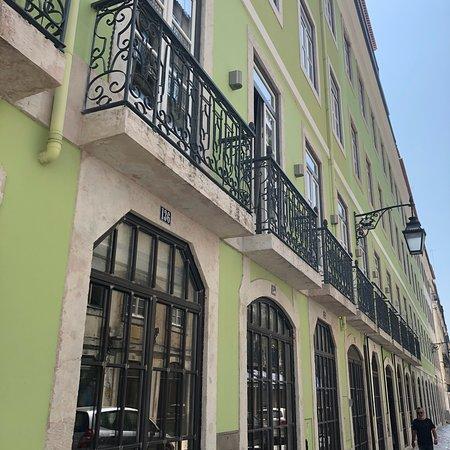 Pizzeria Romana al Taglio: In the heart of the city