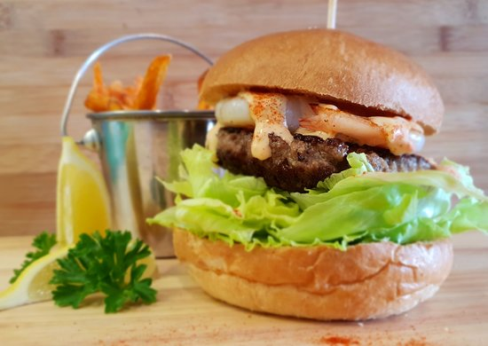 Taylor's Seafood Restaurant: Beef and Reef Burger with King Prawns
